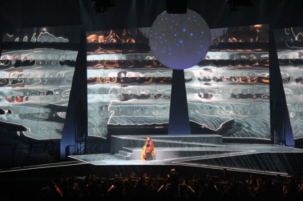 Viva Verdi Lighting designed by Steve Ross, Projections:Alejandro Figueroa, Producer: Mobile Production GmbH